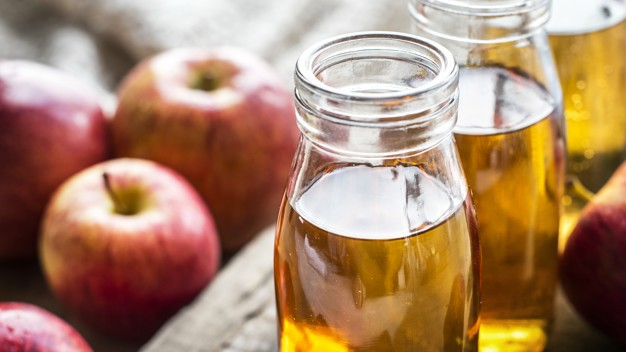 Fresh-apple-vinegar